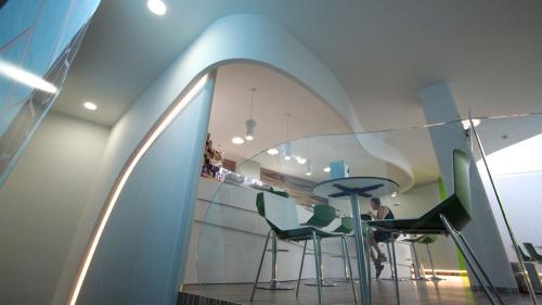 Cafeteria11